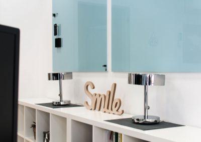 office-buero-smile