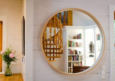 villa-wendeltreppe-spiegel