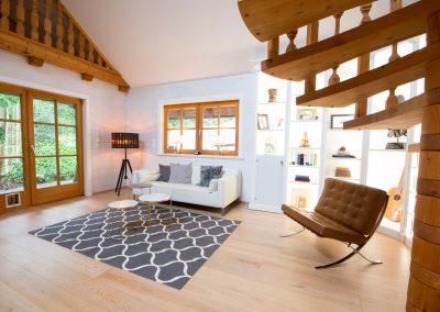 villa-wohnzimmer-sofa