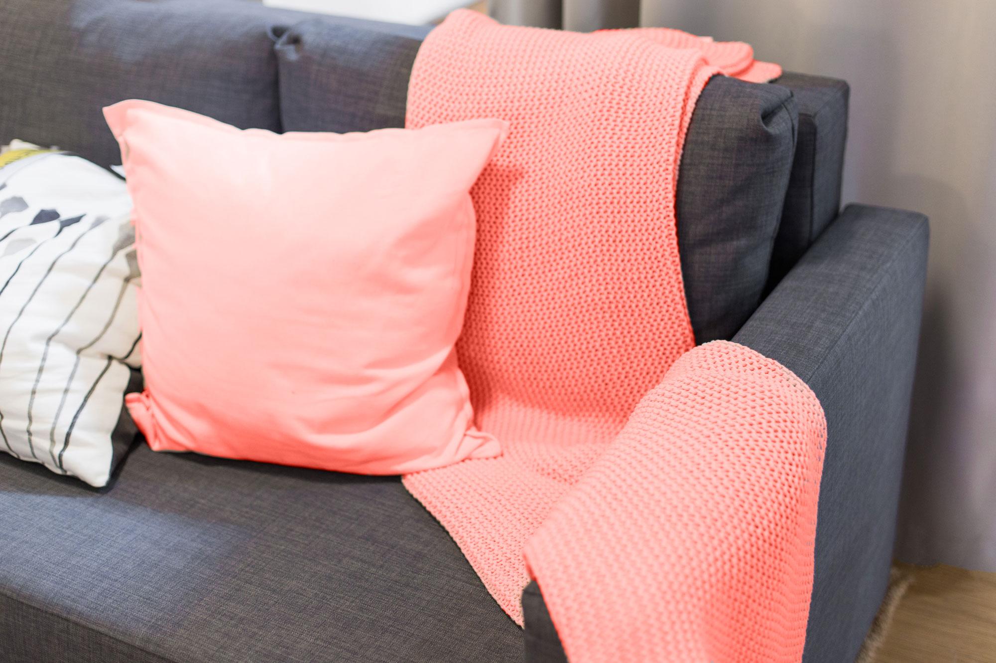Sofa-Living-Coral